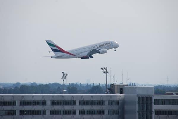 13_Emirates-Airbus-A380-Flughafen-Muenchen