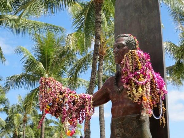 14_Duke-Paoa-Kahanamoku-Waikiki-Beach-Honolulu-Oahu-Hawaii