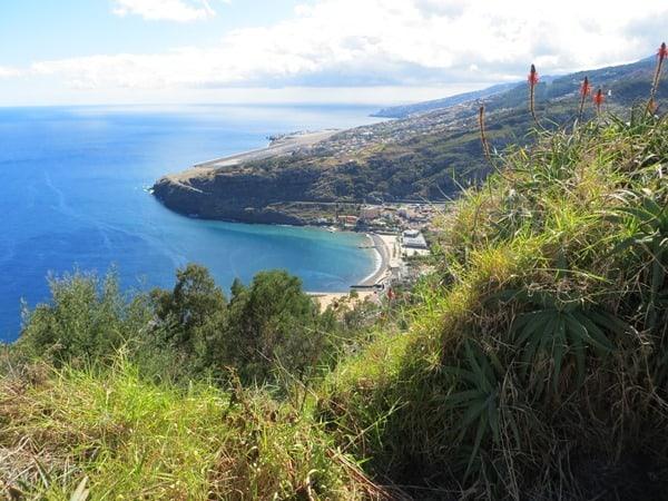 17-Aussicht-von-Machico-auf-Santa-Cruz-Madeira
