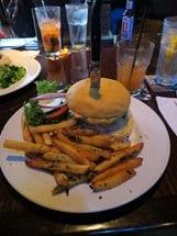 21_HardRockCafe-Local-Burger-Waikiki-Honolulu-Oahu-Hawaii