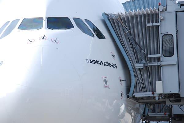 98_Airbus-A380-Emirates-Flughafen-Muenchen