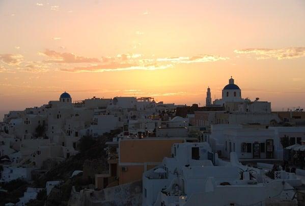 Sonnenuntergang-Santorin-Oia