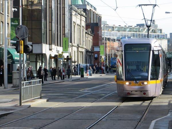 02_Strassenbahn-Dublin-Irland