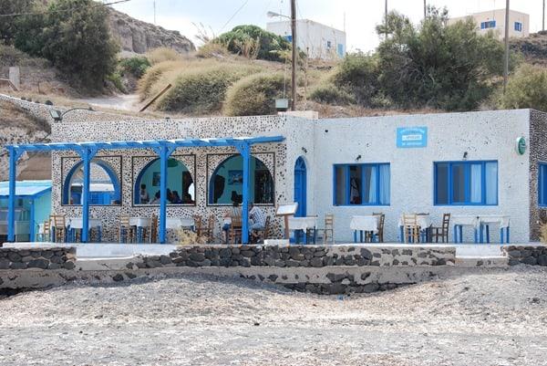 03_Taverne-Exo-Gialos-Beach-Santorini