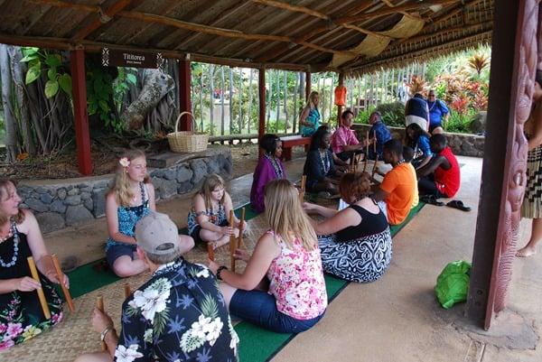 04_Polynesian-Cultural-Center-Aotearoa-Titiorea-Stick-Game