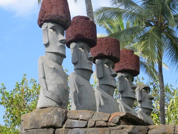 17_Polynesian-Cultural-Center-Rapa-Nui-Statue