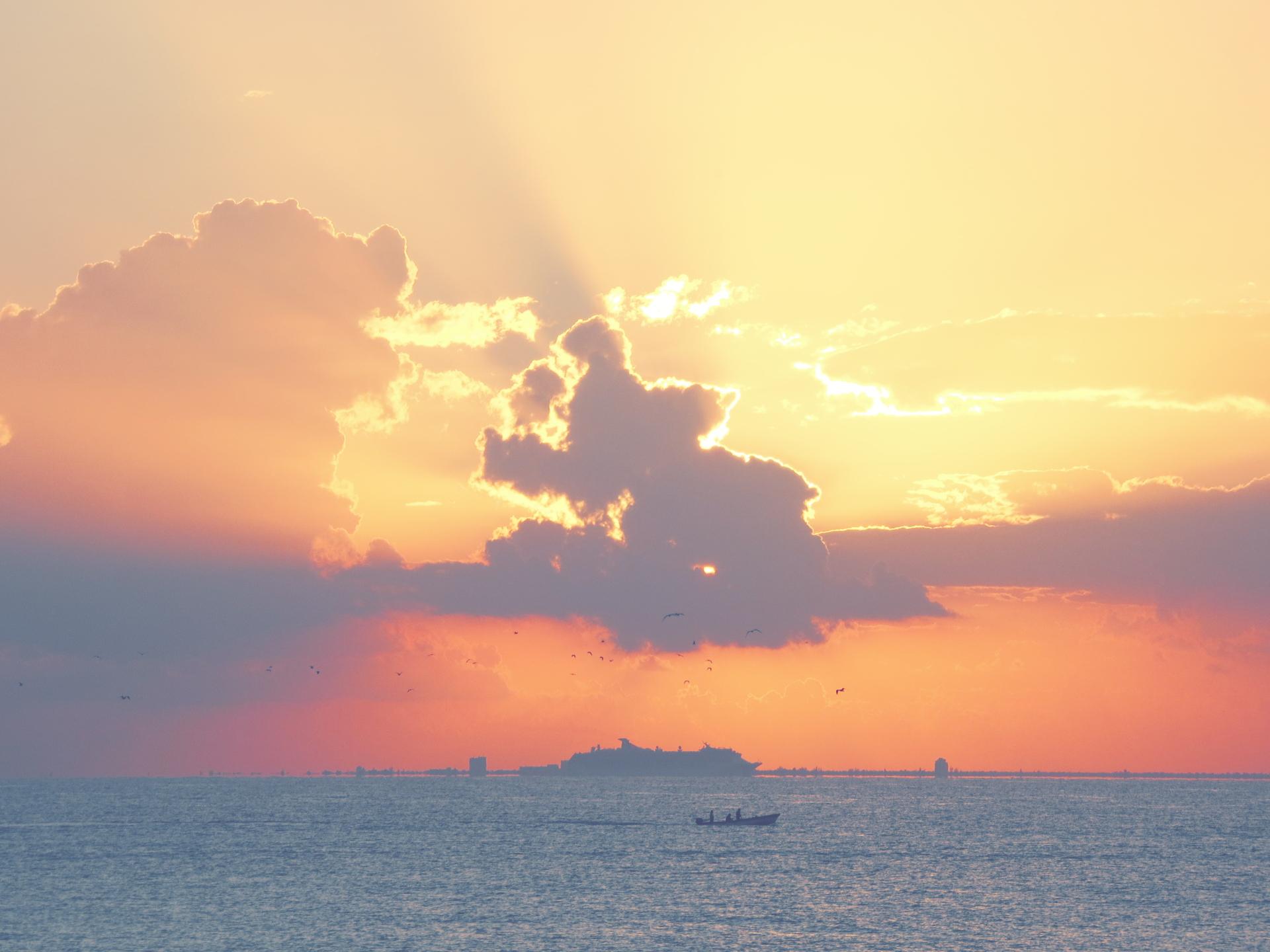 mexiko playa del carmen sonnenaufgang richtung cozumel