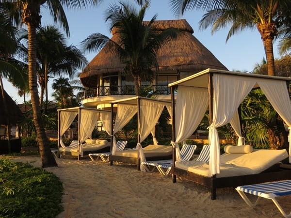 02_Hotel-The-Reef-Playacar-PlayaDelCarmen-Mexiko-Liegen