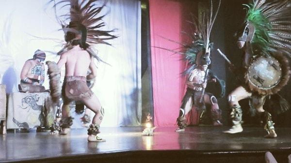 21_Maya-Show-Hotel-The-Reef-Playacar-Mexico-PlayaDelCarmen-Taenzer