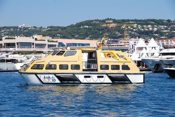 02_Tenderboot-AIDAvita-Cannes-Frankreich