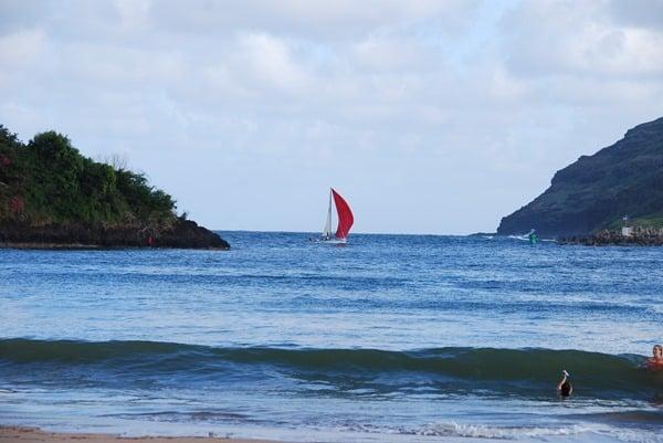 07_Kalapaki-Shoreline-Nawiliwili-Hawaii-Kauai