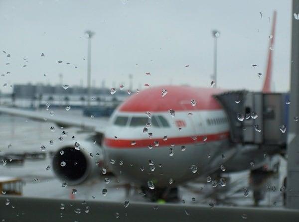 02_Flughafen-Muenchen-Regen