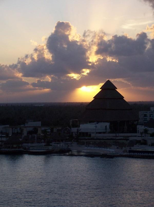 06_Sonnenaufgang-Cozumel-Mexiko