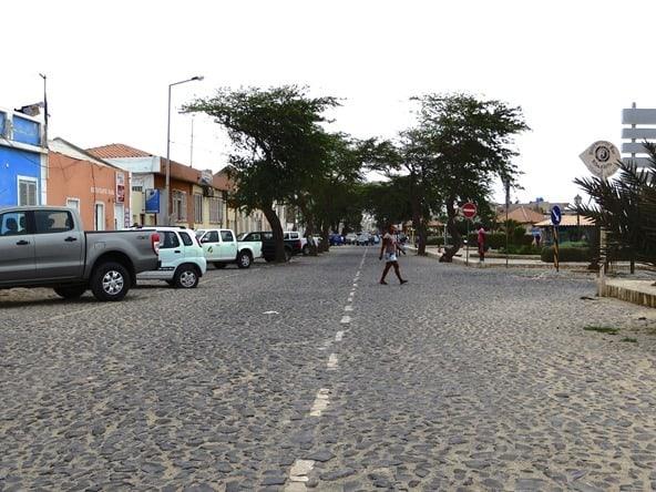 07_Rua-de-Emigrantes-Sal-Rei-Boa-Vista