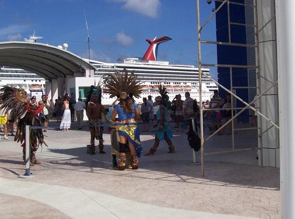 08_Carnival-Glory-Begruessung-Cozumel-Mexiko
