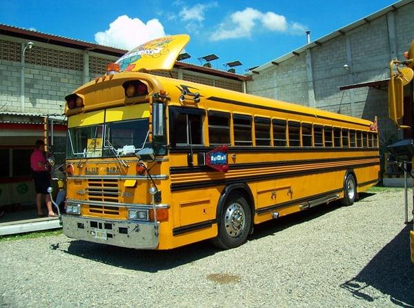 11_Honduras-Schulbus-Landausflug-AIDA-Kreuzfahrt