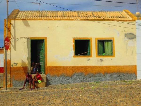 30_Strassenleben-Kapverdianer-Bofareira-Boa-Vista-Cabo-Verde-Kapverden
