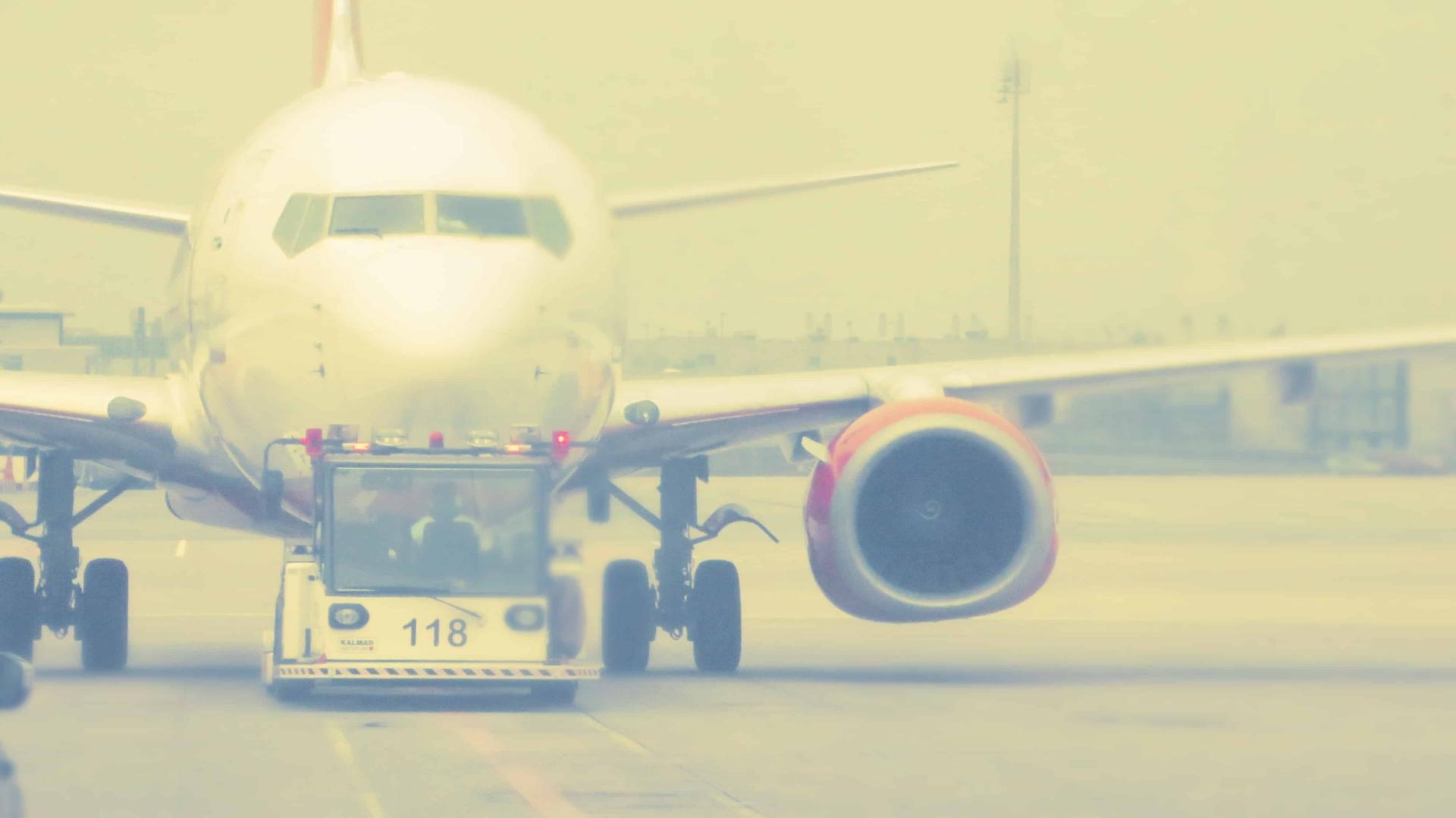 Flugzeug Pushback Flughafen Muenchen