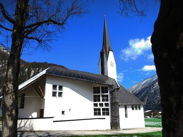 07_Dreifaltigkeitskirche-Pertisau-Achensee-Tirol-Oesterreich