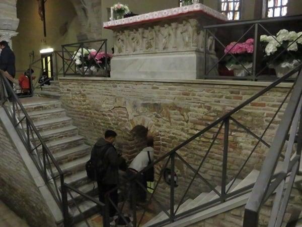 16_Altar-Basilika-San-Francesco-Ravenna-Italien