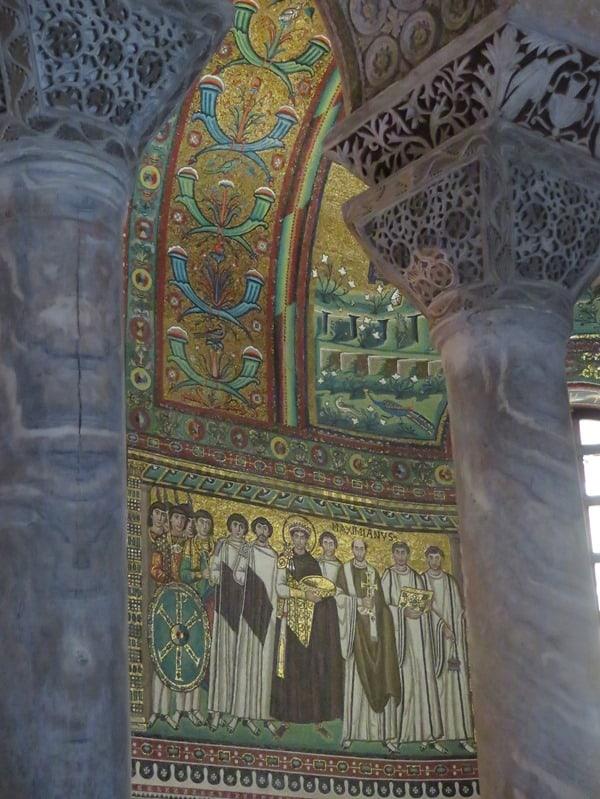 24_Kaiser-Maximanus-Basilika-San-Vitale-Ravenna-Italien