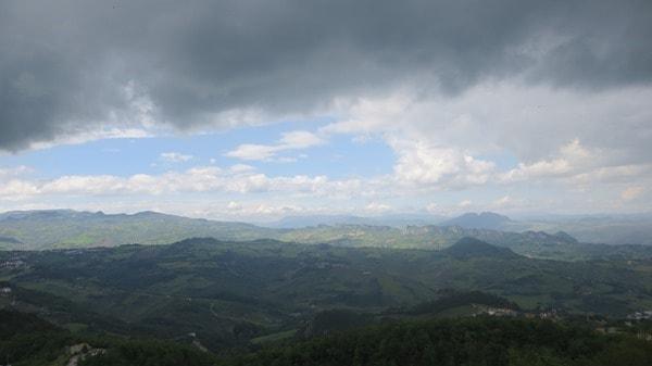 01_Panorama-San-Marino-Italien