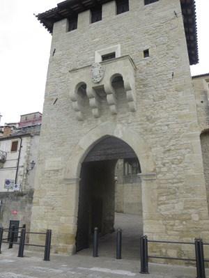 02_Porta-San-Francesco-San-Marino