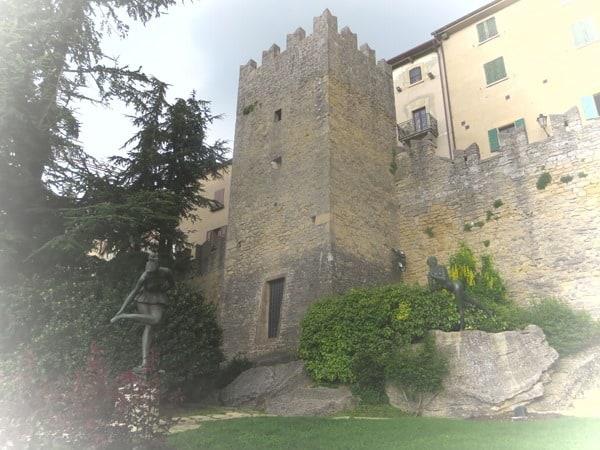 04_Kunstwerke-San-Marino