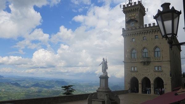 06_Piazza-della-Liberta-San-Marino