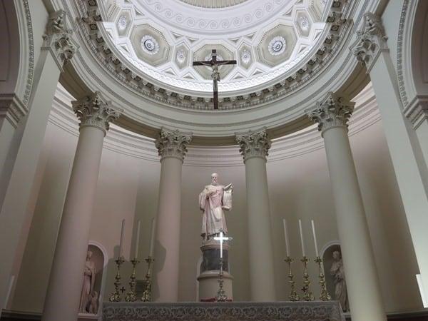 19_Altar-Baslilica-del-Santo-San-Marino