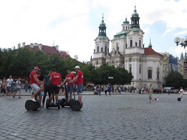 01_St.Nikolaus-Kirche-Altstaedter-Ring-Prag-Tschechien