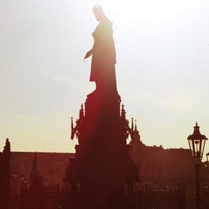 01_Statue-Karl-IV-Prag-Tschechien