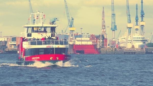 04_Altonale-Butterfahrt-Hafen-Hamburg