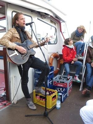 07_Altonale-Butterfahrt-Saenger-Simon-Gloede-Hamburg