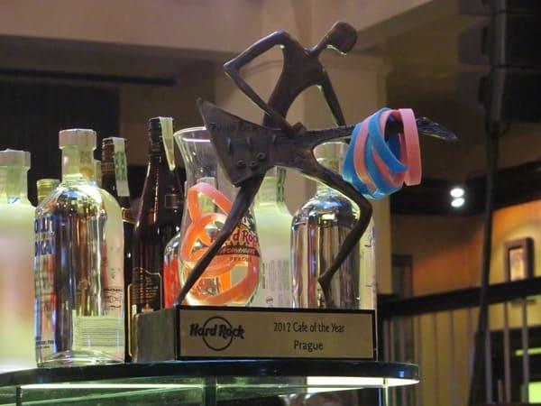 14_Award-Best-Hard-Rock-Cafe-2012-Prag-Tschechien