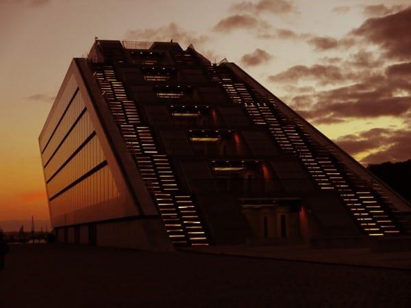 21_Dockland-Hamburg-Sonnenuntergang