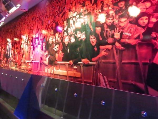 09_Pissoir-mit-Fans-Hurricane-Festival-Hard-Rock-Cafe-Hamburg