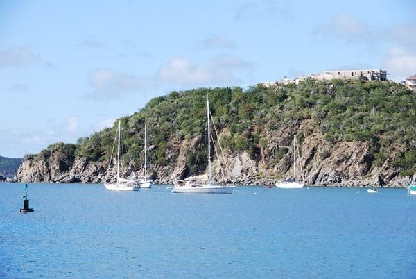 02_Segelboote-vor-Tortola-British-Virgin-Islands
