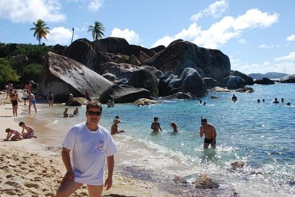 20_Reiseblogger-Daniel-Dorfer-am-Traumstrand-The-Baths-Virgin-Gorda-British-Virgin-Islands