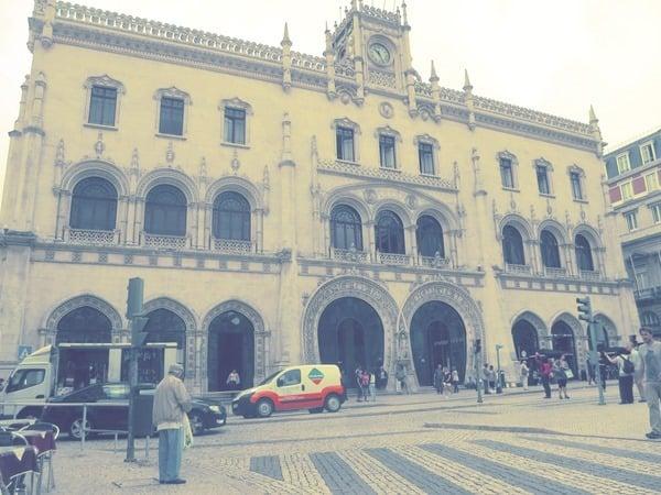 05_Historischer-Bahnhof-Rossio-Metro-Lissabon-Portugal