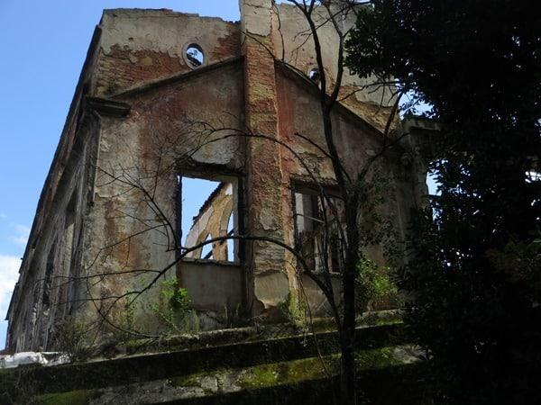 09_Ruine-Botanischer-Garten-Lissabon-Portugal