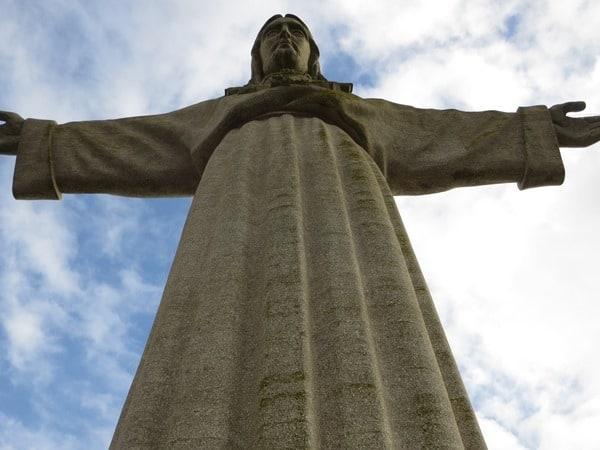 21_Almada-Statue-Christo-Rei-Lissabon-Portugal
