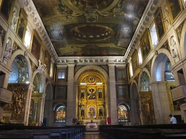24_Kirche-Igreja-de-Sao-Roque-Innen-Lissabon-Portugal