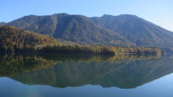 01_Herbst-Spiegelubn-Sylvensteinsee-Oberbayern