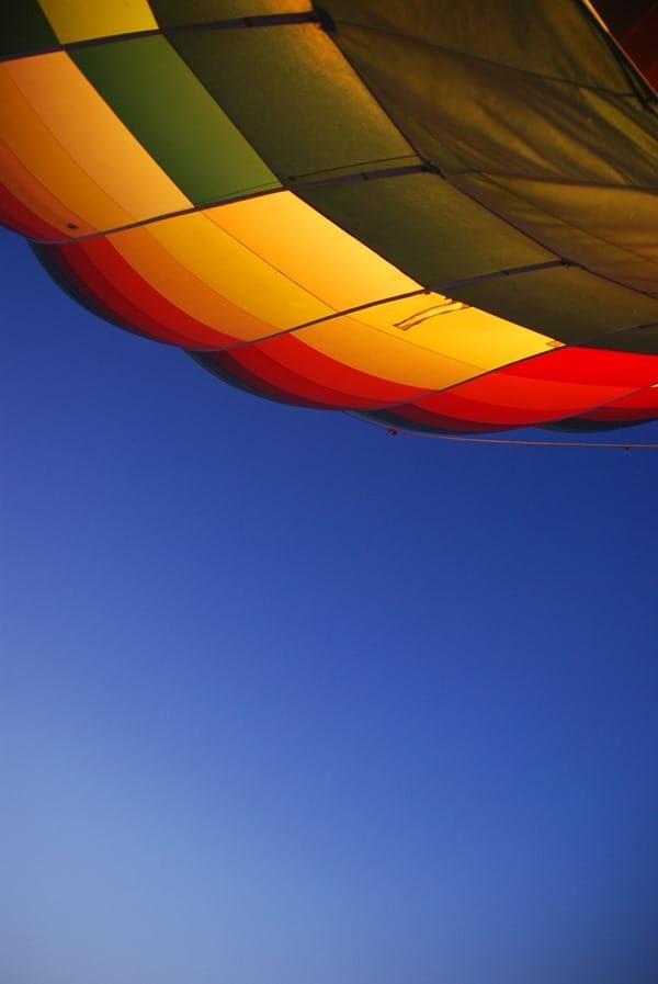 04_Abheben-bei-Sonnenaufgang-Heisluftballon-Luxor-Aegypten
