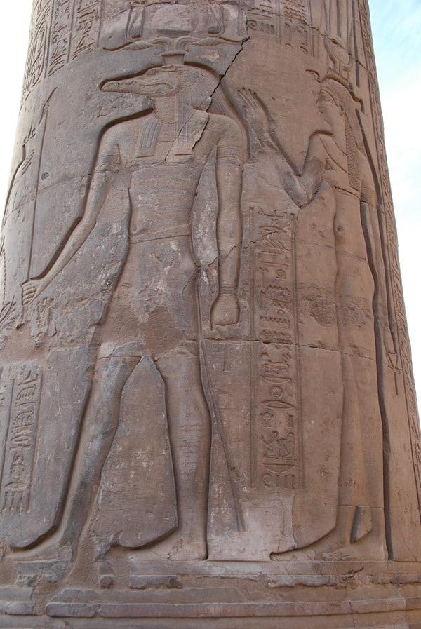 05_Sobek-Relief-Doppeltempel-Kom-Ombo-Nilkreuzfahrt-Nil-Aegypten