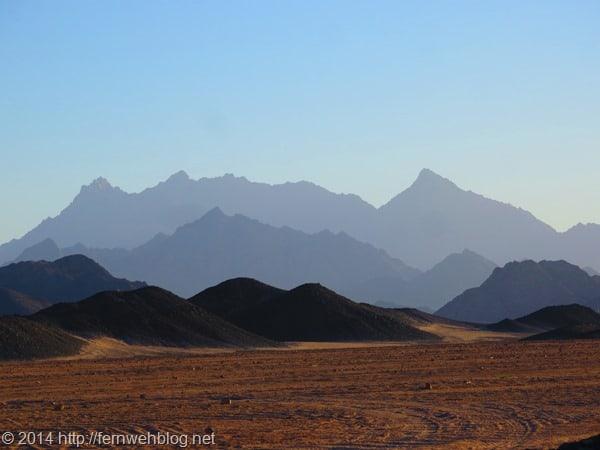 16_Berge-bei-Hurghada-Aegypten