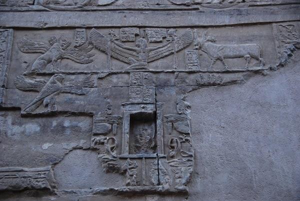 18_Rueckseite-Allerheiligstes-Doppeltempel-Kom-Ombo-Nilkreuzfahrt-Nil-Aegypten