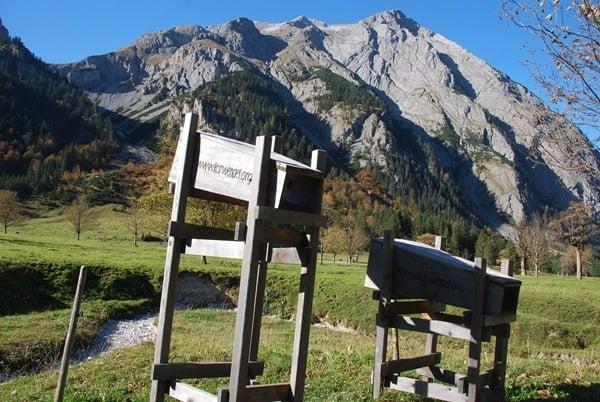 19_Herbst-Karwendel-Echo-Almdorf-Eng-Tirol-Oesterreich