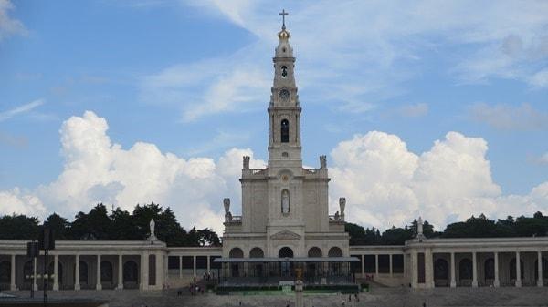06_Basilica-Antiga-Santuario-de-Fatima-Portugal